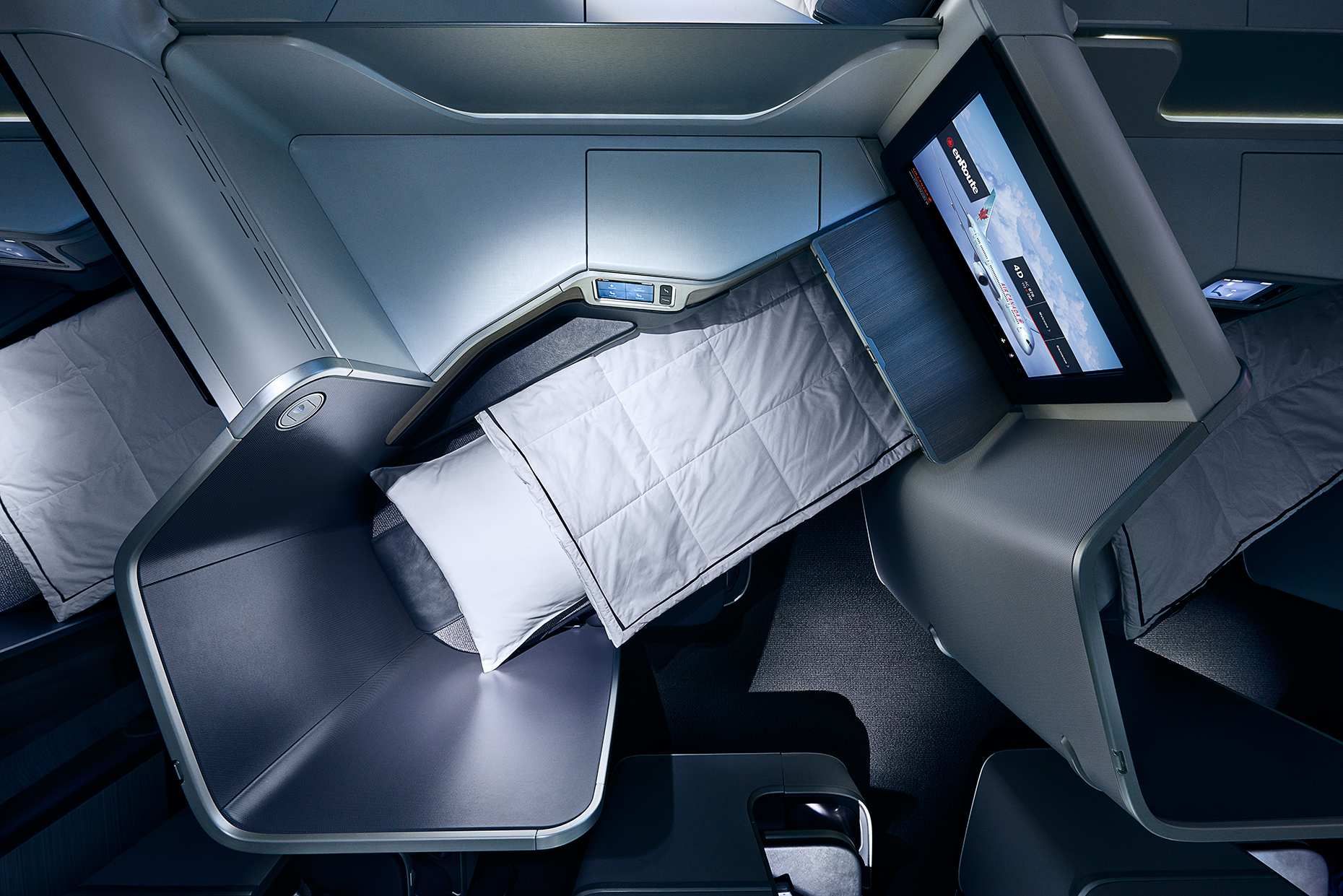 Air Canada Dreamliner - J-Class Sleeping Pod